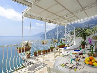 Nice House with Deck and Internet Access - Positano vacation rentals