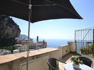 Nice 2 bedroom Atrani House with Deck - Atrani vacation rentals