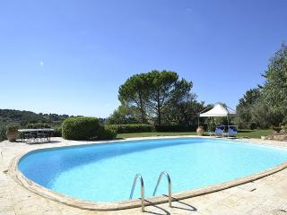 Bright 4 bedroom Montemerano Villa with Deck - Montemerano vacation rentals