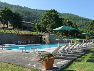 Charming House with Deck and Internet Access - Monterchi vacation rentals