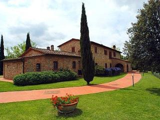 Romantic 1 bedroom Montaione House with Deck - Montaione vacation rentals