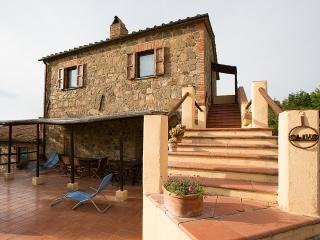 Charming 2 bedroom House in San Quirico d'Orcia - San Quirico d'Orcia vacation rentals