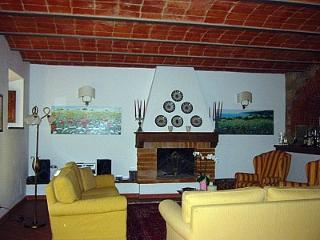 Gorgeous 2 bedroom Bucine House with Deck - Bucine vacation rentals