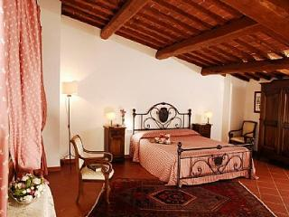 Borgo Bello D - San Leolino vacation rentals