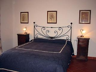 Borgo Bello G - Bucine vacation rentals