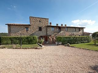 Bright 1 bedroom House in Gualdo Cattaneo - Gualdo Cattaneo vacation rentals