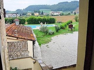 Cozy House in Montone with Deck, sleeps 2 - Montone vacation rentals