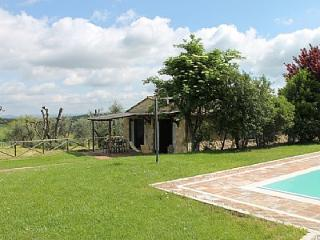 Lovely 2 bedroom Colle di Val d'Elsa House with Deck - Colle di Val d'Elsa vacation rentals