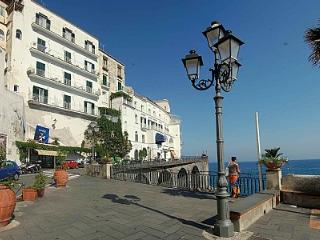 Appartamento Attilia A - Amalfi vacation rentals