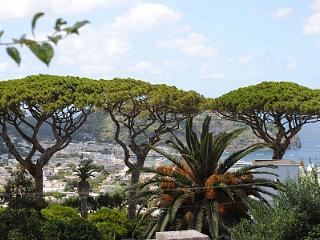 Charming 2 bedroom House in Ischia with Deck - Ischia vacation rentals