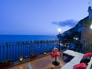 2 bedroom House with Deck in Amalfi - Amalfi vacation rentals