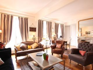 Belle Elysee - Paris vacation rentals