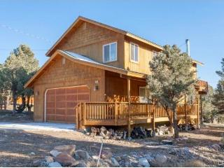 Mountain Escape Cabin - City of Big Bear Lake vacation rentals