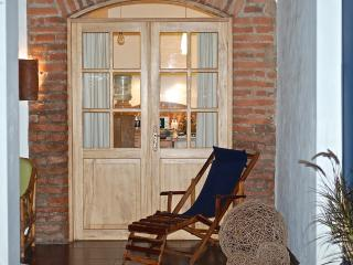 Peaceful Garden Suite Tortuga in Historical Quito - Quito vacation rentals
