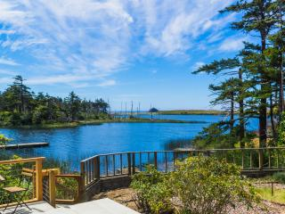Kismet on Garrison Lake - Port Orford vacation rentals