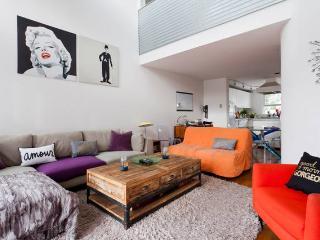 Duplex loft in Santa Monica blocks to the beach! - Santa Monica vacation rentals
