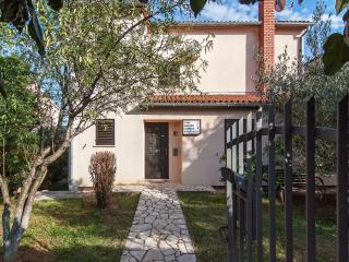 TH00038 Apartments Livio / One bedroom apartment A2 - Premantura vacation rentals