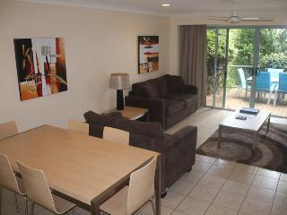 Tucked away, Quiet 2 bedroom Apartment #3 with buggy and transfers. - Hamilton Island vacation rentals