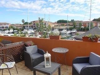 Le Phare I - Port Cogolin vacation rentals