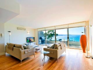 Sunny 2 bedroom Penthouse in Lorne - Lorne vacation rentals