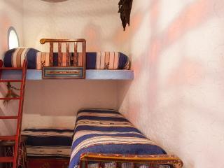 Riad Dar MAR OUKA, chambre CHAOUEN - Marrakech vacation rentals