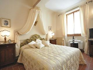 Palazzuolo apartment - Florence vacation rentals