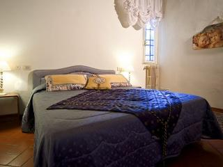 BiancoSpino Apartment - Florence vacation rentals