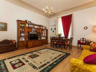 Daklea apartment - Florence vacation rentals
