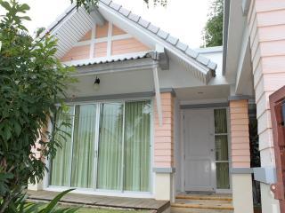 NYG485 Lovely 2 Bedroom family home near Nai Yang Beach - Nai Yang vacation rentals