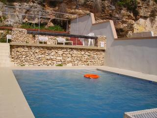 Merill Penthouse (G), 1 Bedroom, Private Terrace, Swimming Pool, Back view, WiFi - Mellieha vacation rentals