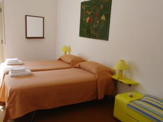 Double or twin room in a very central penthouse - Mazara del Vallo vacation rentals