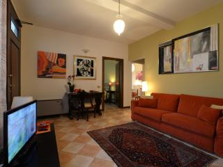 Padova centre AI TALENTI apartment - Padua vacation rentals