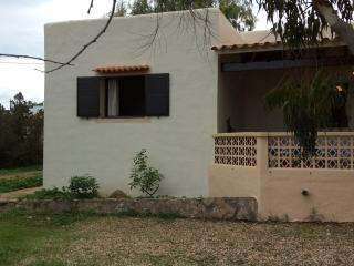 Bright 2 bedroom Vacation Rental in Es Pujols - Es Pujols vacation rentals