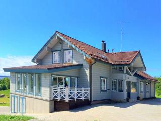 7 bedroom Villa with Hot Tub in Laulasmaa - Laulasmaa vacation rentals