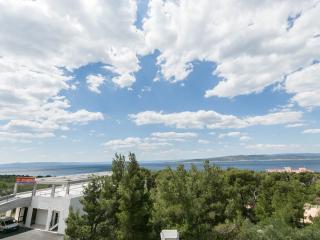 Modern Apt For 4-5 With Sea View, Baska Voda - Baška vacation rentals