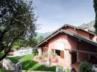 Villa Incantevole a Lecco - Lecco vacation rentals