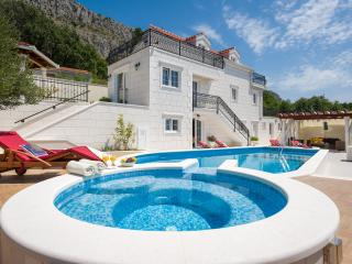 NEW! Luxury VILLA GITA with jacuzzi & heated pool - Krilo Jesenice vacation rentals