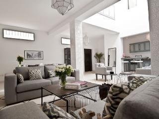 SUPERDO HOME - Riambel vacation rentals