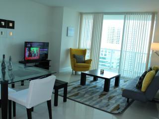 Lavish 2 Bededroom Luxury Apartment - Coconut Grove vacation rentals