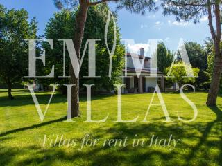 Perfect 2 bedroom Villa in Forli with Internet Access - Forli vacation rentals