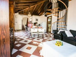 Appartamento Corallo Agenzia Pineto Vacanza - Pineto vacation rentals
