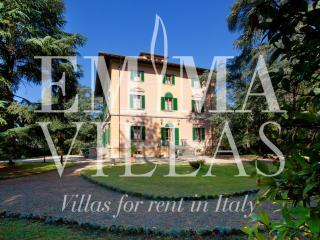 Villa Clerici Bernetti 22+2 - Arezzo vacation rentals
