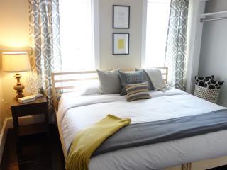 Best priced apt in  Boston's little Italy - Boston vacation rentals