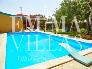 Comfortable 3 bedroom Ispica Villa with Internet Access - Ispica vacation rentals