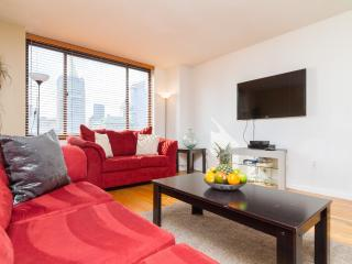 Beauiful 20th Floor 2BR In Luxury DoormanBuilding - New York City vacation rentals
