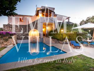 Beautiful 5 bedroom Porto Rotondo Villa with Internet Access - Porto Rotondo vacation rentals