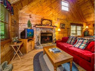 "2 BR/ 2 BA ""A GREAT ESCAPE"" cabin in Pigeon Forge - Sevierville vacation rentals"