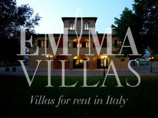 Beautiful 6 bedroom Arezzo Villa with Dishwasher - Arezzo vacation rentals