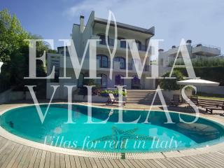 Bright Villa with Internet Access and A/C - Rimini vacation rentals