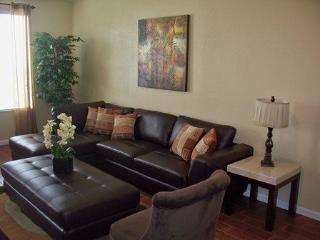 Enjoy this spacious and fully equipped Orlando vacation townhome that is perfect for families and small groups. - Disney vacation rentals